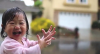 9 ամսական փոքրիկը առաջին անգամ անձրև է տեսել