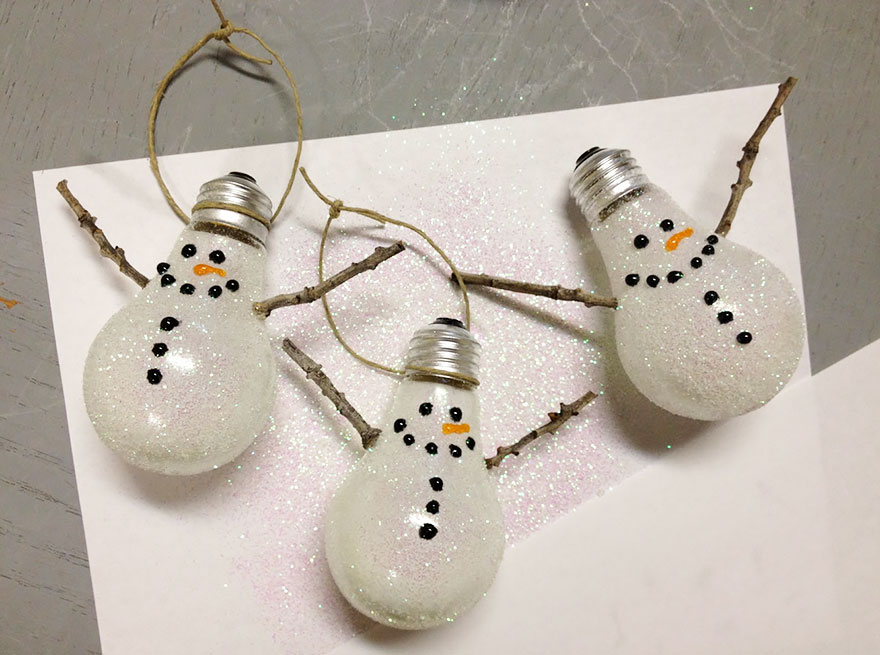 ideas-for-recycling-light-bulbs-6__880
