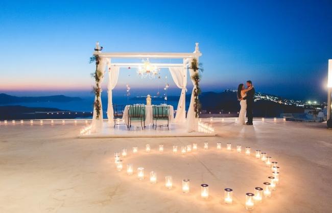 11972515-Proposal-in-Greece-7-1468414347-650-c57cd46d9f-1468851750